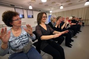 Leeuwarden, Dansles bij Keunstwurk Wissesdwinger met parkinson patienten.